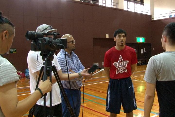 プロスポーツ選手へのインタビューができる!