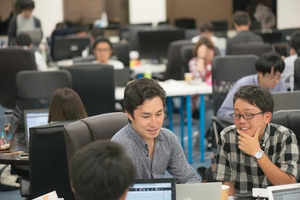 有名企業出身・起業経験豊富な経営陣の元で実践的な営業を学べます!