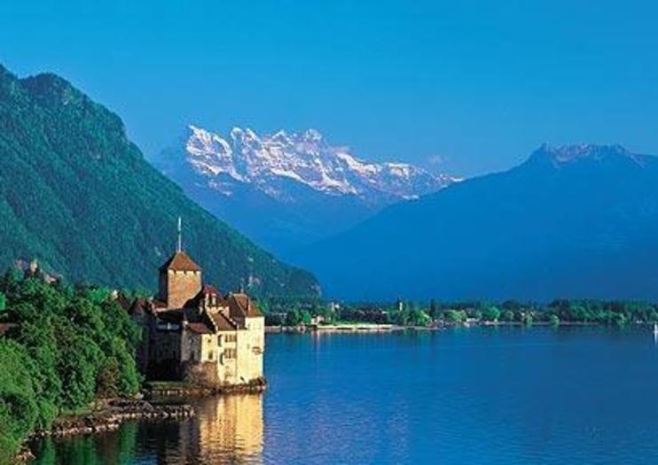 スイス本部:社内公用語は英語かフランス語。