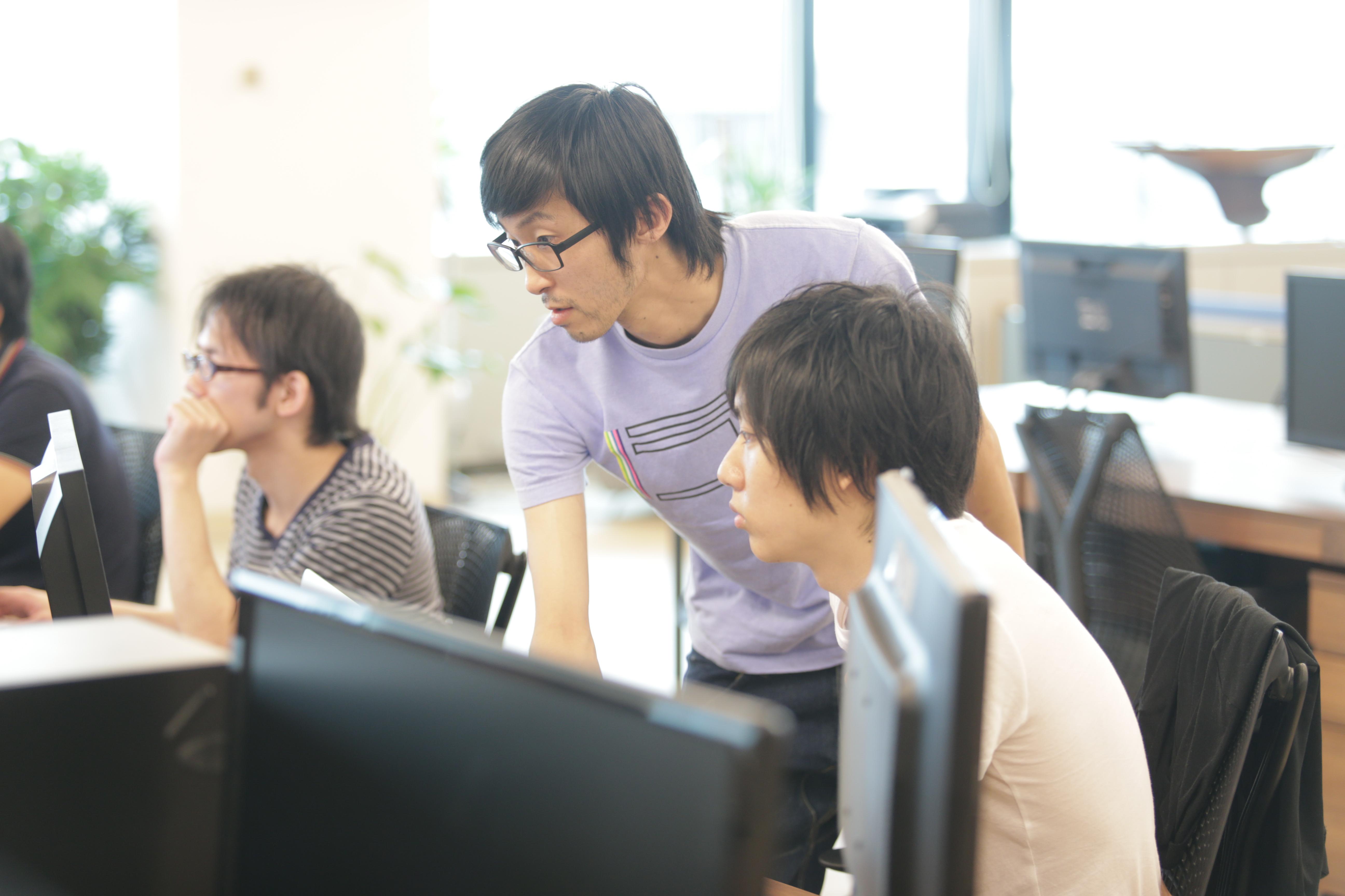 メンターの元、新規/既存サービスの開発
